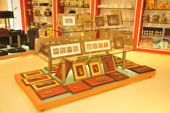 The Bombay Store Bangalore: Wall Decor