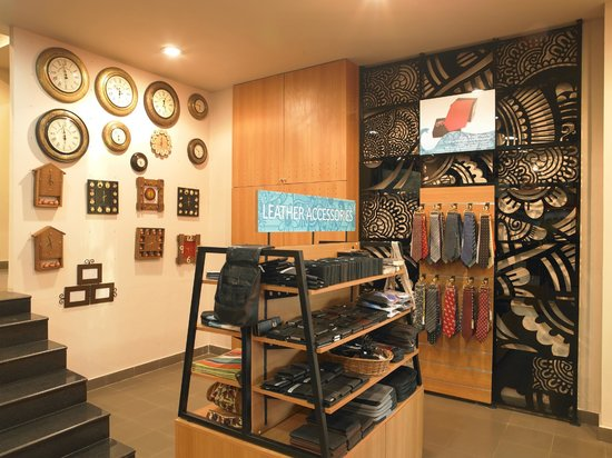 The Bombay Store Bangalore: Men's Fashion Accessories