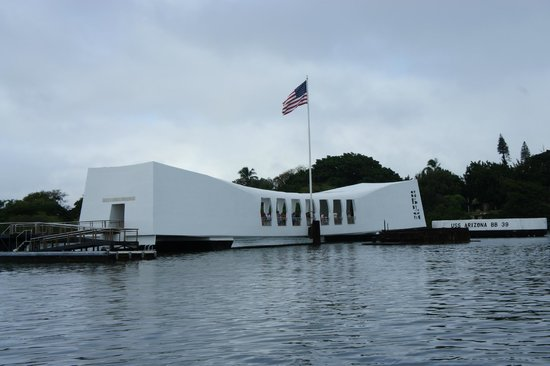 Roberts Hawaii:                   USS Arizona Memorial