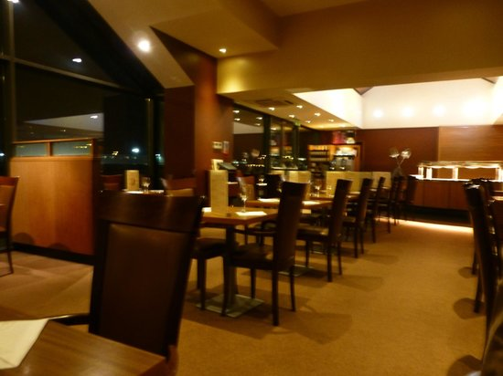 Clayton Hotel Manchester Airport: Brasserrie/ Dining room