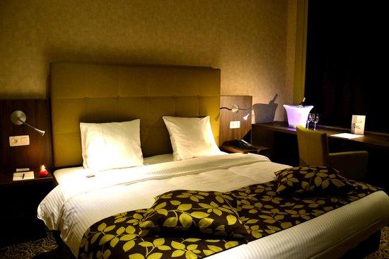 Hotel Chambord: 8