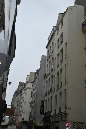 Hotel Saint-Honore : The Hotel
