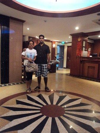 Fragrance Hotel - Emerald:                   Hotel Lobby