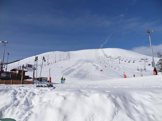 Chalet Hotel les Bruyeres : The Signal - first run of the week.