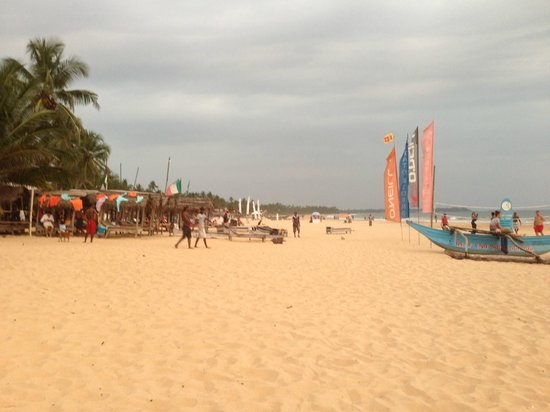 Drifters Hotel And Beach Restaurant