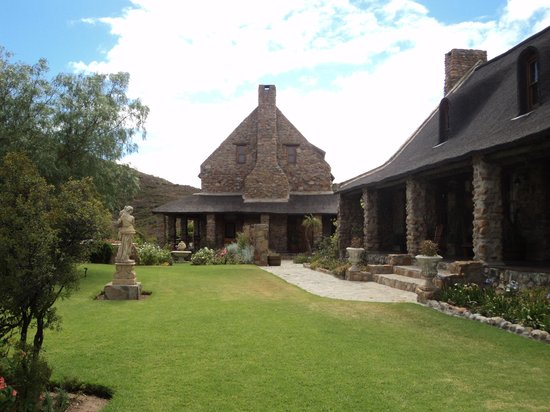 Lord's Guest Lodge-McGregor :                   An oasis of calm
