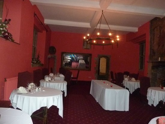 Mercure Telford Madeley Court Hotel:                   We had the whole dining room to ourselves!!