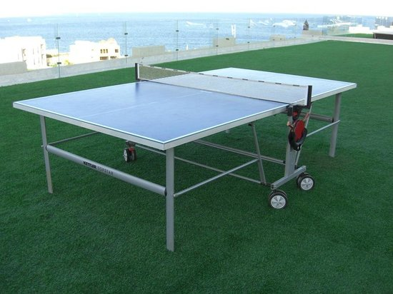 Sunrise Grand Select Arabian Beach Resort:                   Rooftop Table Tennis