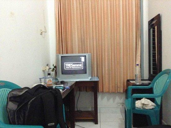 Hotel Mentari:                   tv