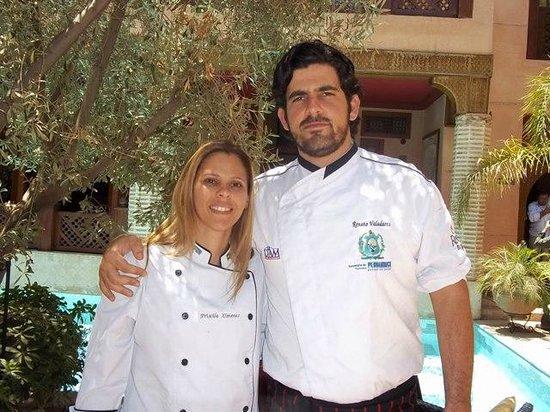 La Maison Arabe:                   Ao redor da piscina do Hotel