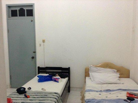 Hotel Mentari:                   kamar