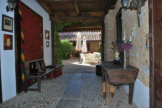 Casa Kika: estrada