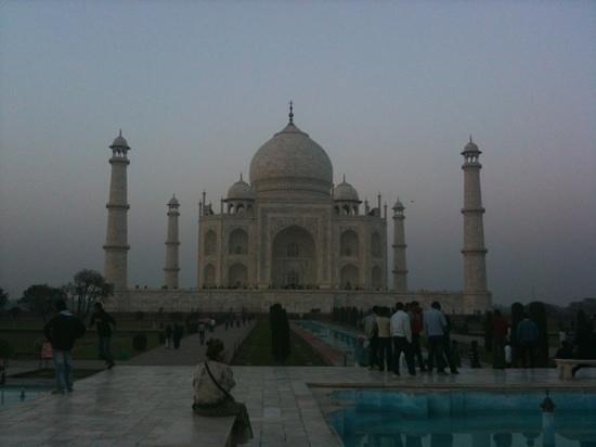 Twenty Facts About the Taj Mahal