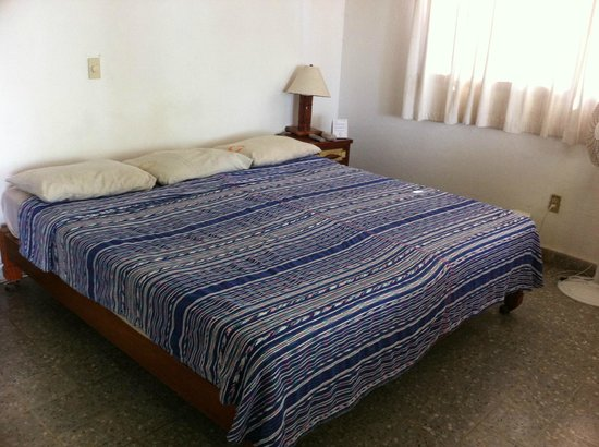 Catalina Beach Resort: comfortable bed