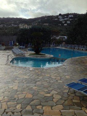 جراند هوتل أمينتا: piscina grand hotel aminta 