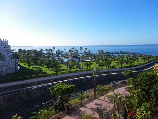 Sheraton La Caleta Resort & Spa, Costa Adeje, Tenerife: vue d'une chambre
