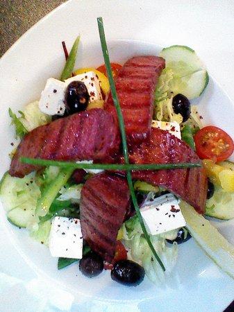 Cafe on the corner: turkish salad