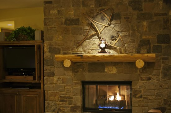Teton Club:                   Warm gas fired fireplace