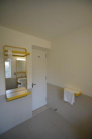 bloomrooms @ Link Rd: toilet