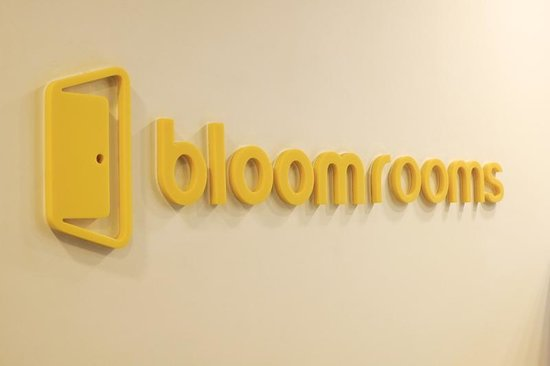 bloomrooms @ Link Rd: lobby