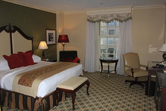 Willard InterContinental Washington:                   Lovely, spacious room