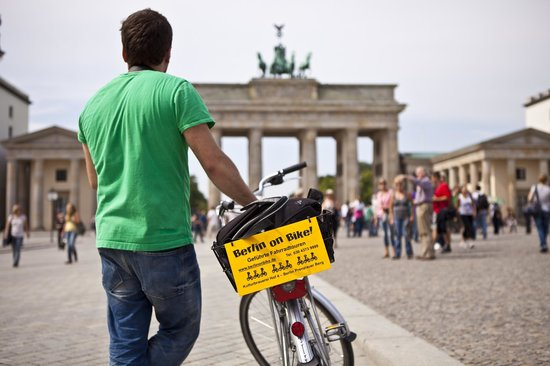 Berlin on Bike - Tur Sepeda