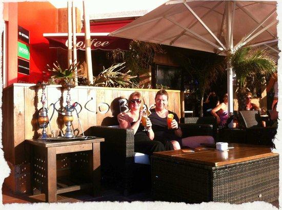 H10 Las Palmeras: Cocobar (sunset bar), Americas promenade 5 min walk from H10 Lap Pameras.