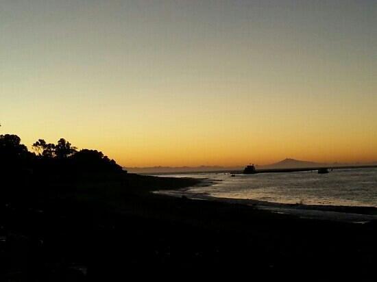 Isla Chiloe, Chile: Amanecer en la playa la Barra sector Oqueldan, Quellón -Chiloe!
