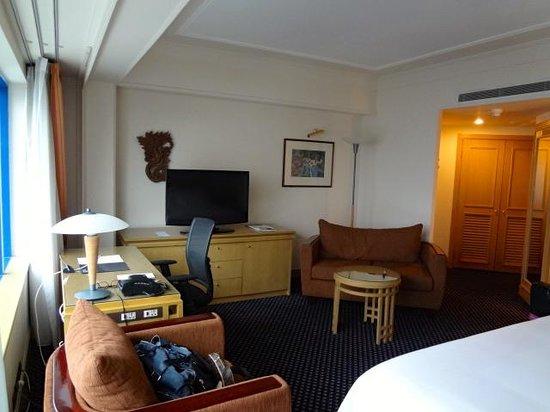 Le Meridien Jakarta: the room