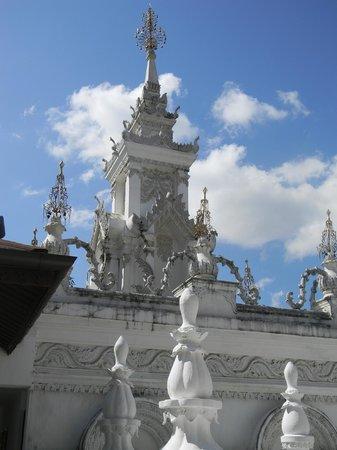 The Dhara Dhevi Chiang Mai:                   Mandarin Oriental