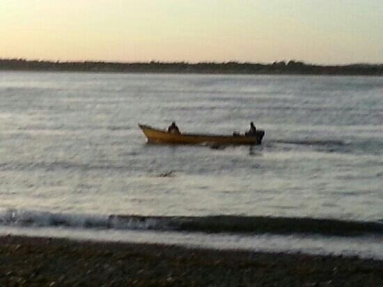 Isla de Chiloé, Chile: pesca artesanal, playa la Barra, Quellon -Chiloe