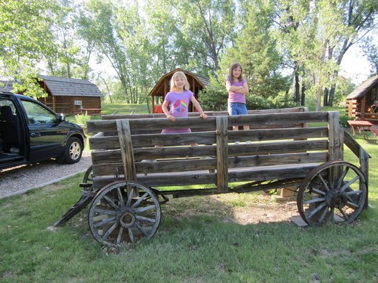 Badlands/ White River KOA:                   They had an old fashioned wagon by the Kabins that kids could romp on.
