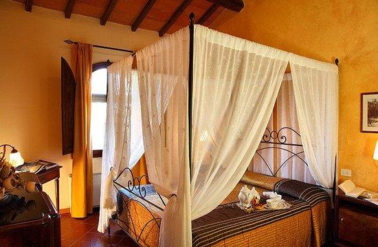 Borgo Tre Rose: Bedroom