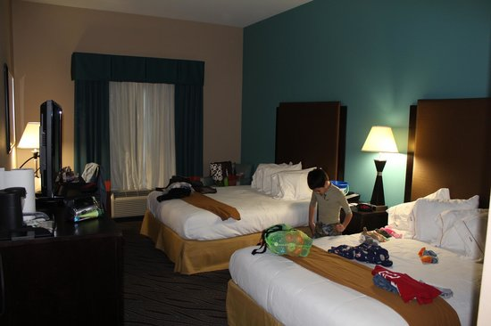 Holiday Inn Express & Suites Havelock: Room 115