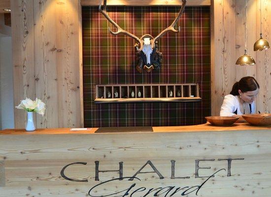 Hotel Chalet Gerard: Rezeption