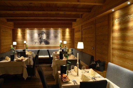 Hotel Chalet Gerard: modern alpiner Einrichtungsstil - Tradition trifft Moderne