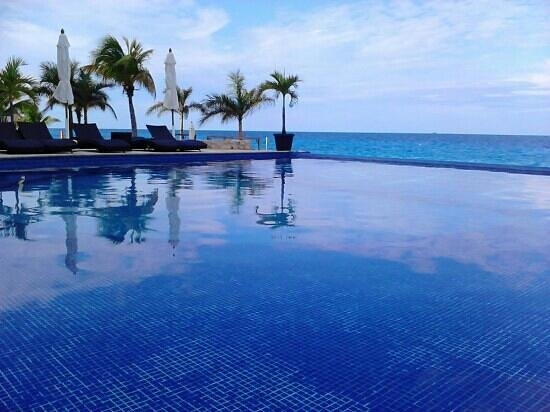 Hotel B Cozumel:                   Pool view