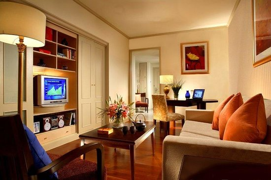 Green Court Serviced Apartment: Citadines Shanghai Jinqiao Living Room