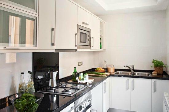 AinB Sagrada Familia : Kitchen