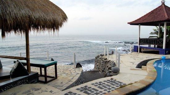 Kebun Impian: Le ressac des vagues, envoutant