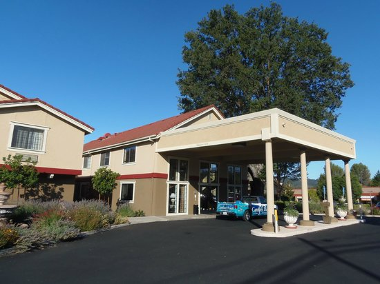 BEST WESTERN PLUS Colony Inn: Exterior
