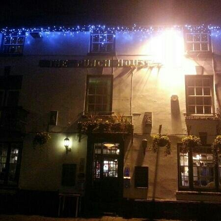 Punch House Monmouth :                   Christmas time at the punch house!