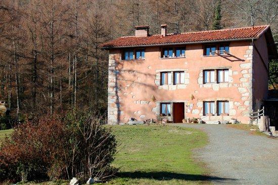 Casa Rural Ecólogica Kaaño Etxea: La casa