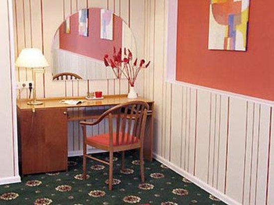Aliot Hotel: Room