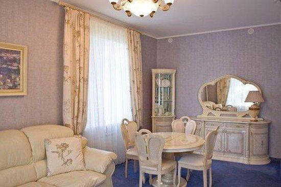 Vostok Hotel: 2-rooms junior suite