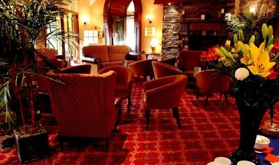 Dunsilly Hotel: Lobby View