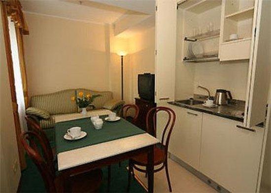 Medea Hotel : Apartment_Iris_1