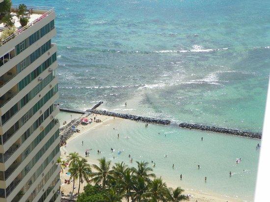 Alohilani Resort Waikiki Beach:                   From out 35th floor balcony