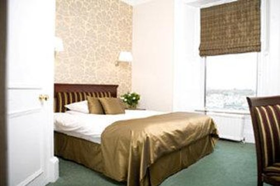 Channings Hotel: Petite Room at Channings