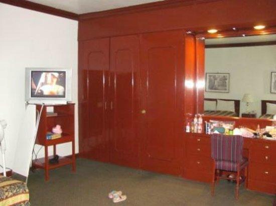 Hotel Ritz Mexico: Esto es el closet vestidor y tocador